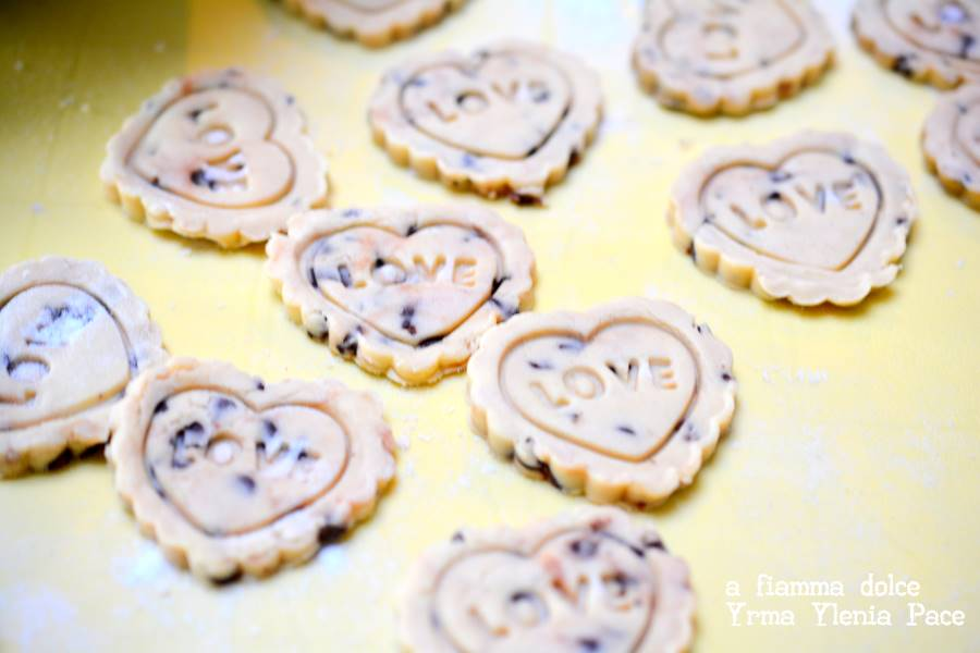 biscotti alla quinoa e gocce di cioccolato vegan