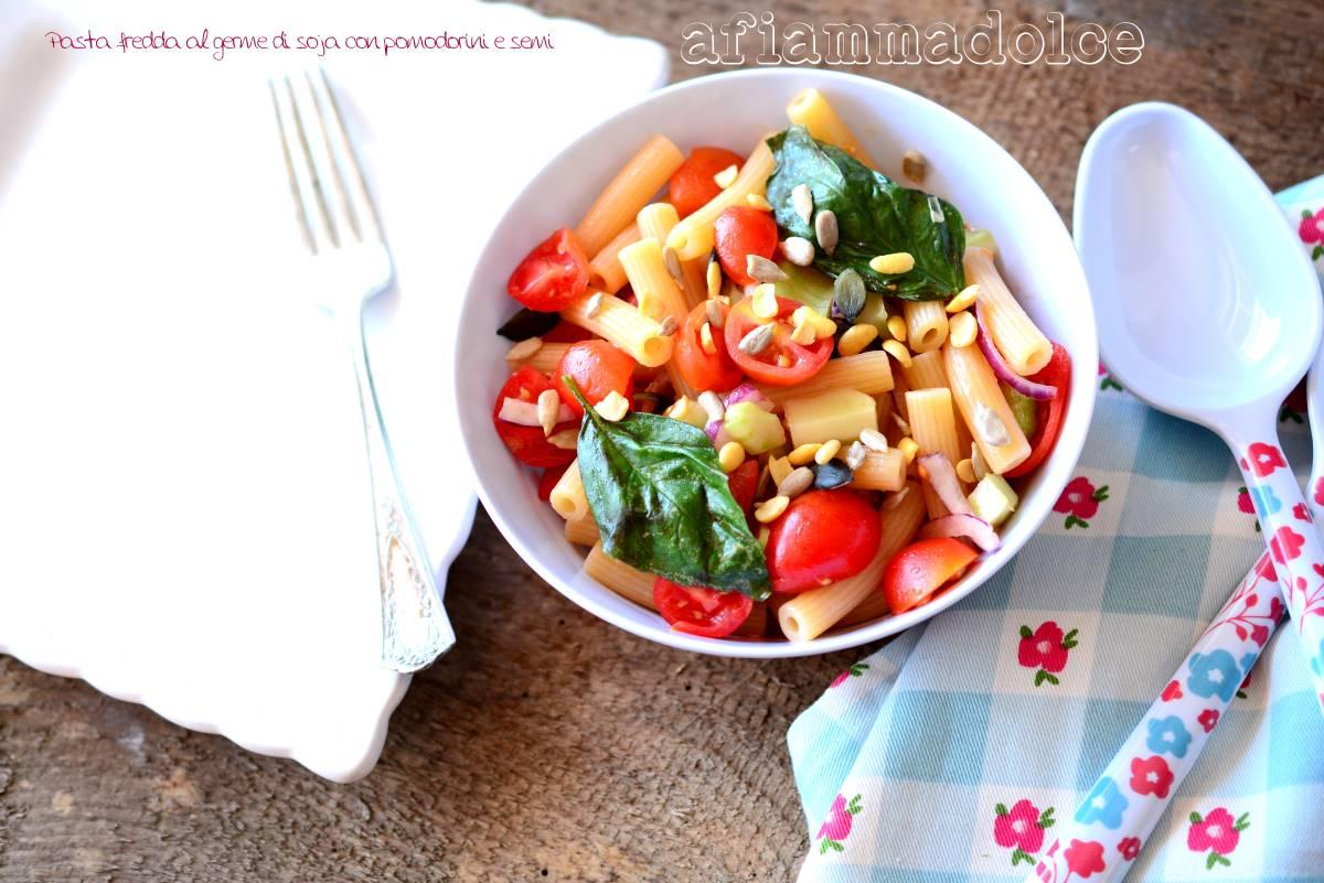 pasta fredda ai pomodorini e semi