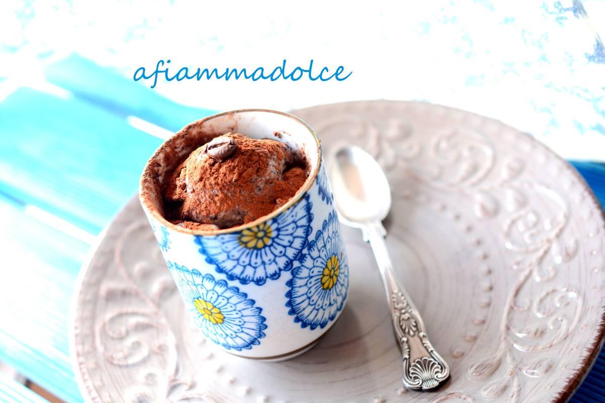 gelato vegan al cioccolato e caffè