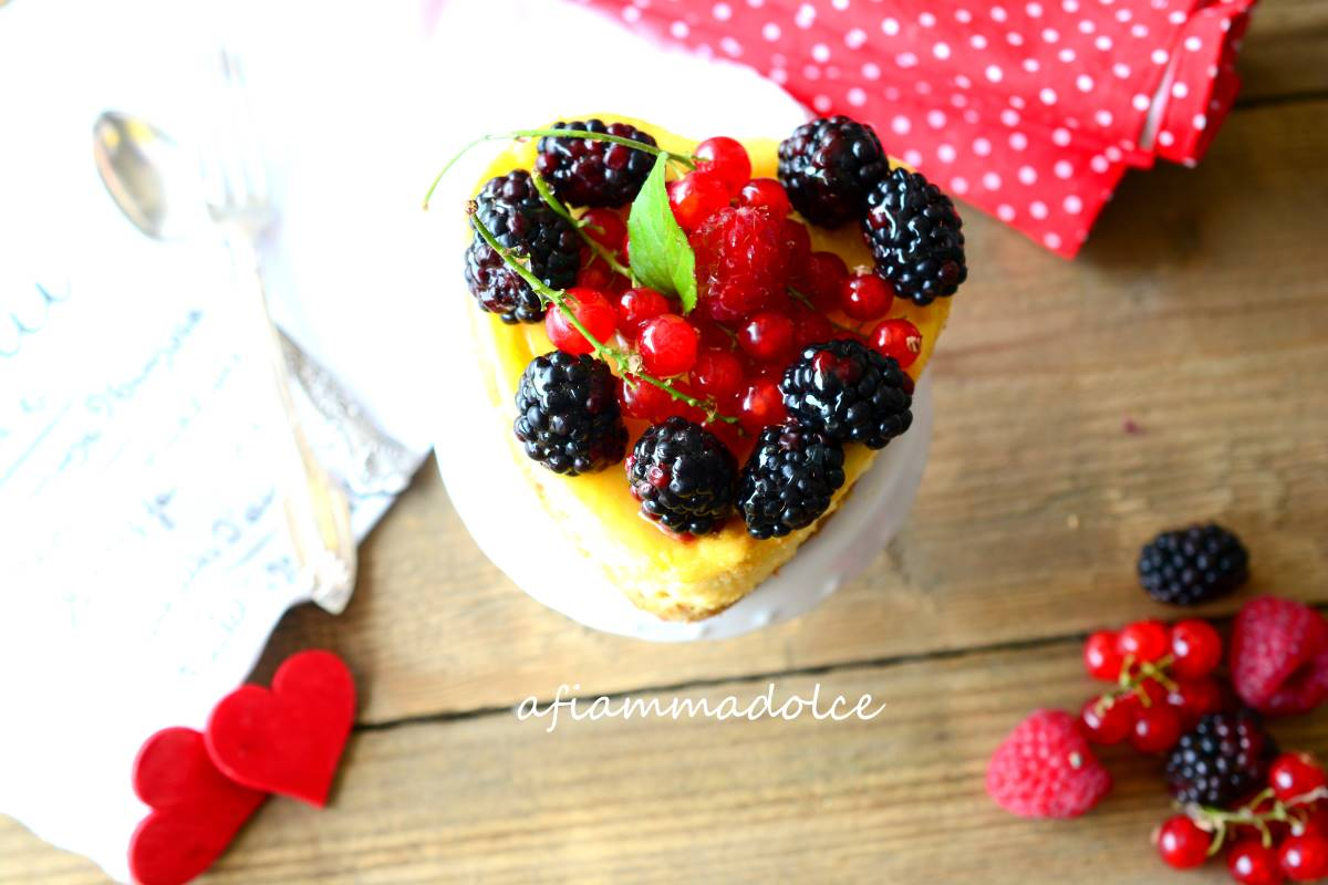 Cheesecake vegan ai frutti di bosco