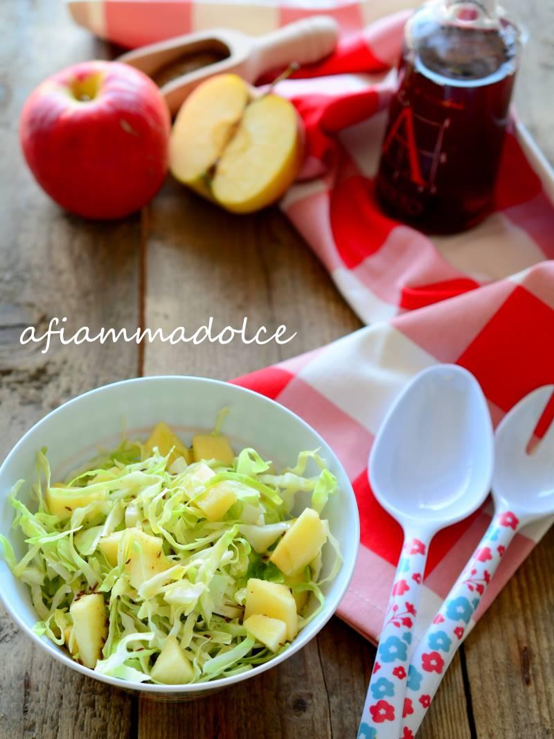 insalata cappuccio e mela